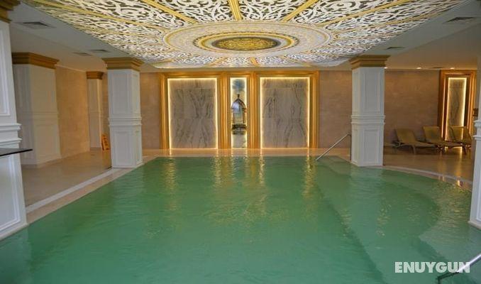 5. Sınırsız konfor ve lüksün adresi: Crystal Palace Luxury Resort Spa – Side