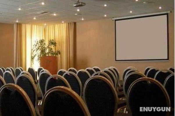 Konferanslar/ Konferans Odası